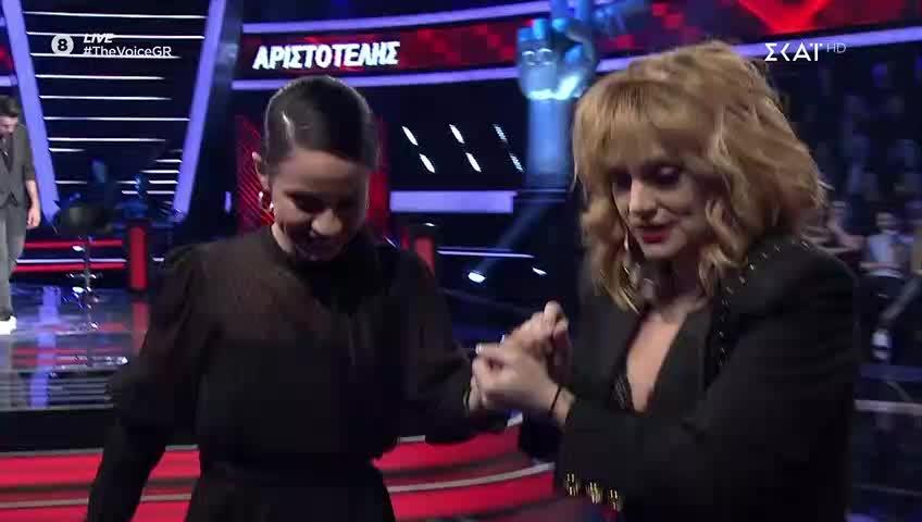 The Voice | Cross Battle: Τι έπαθε η Ελεωνόρα Ζουγανέλη κατά την διάρκεια του live;